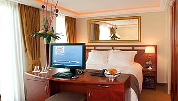 AmaDagio Suite Stateroom