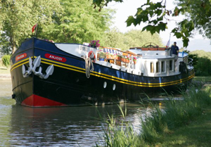Anjodi cruising canals