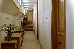 Apres Tout Corridor