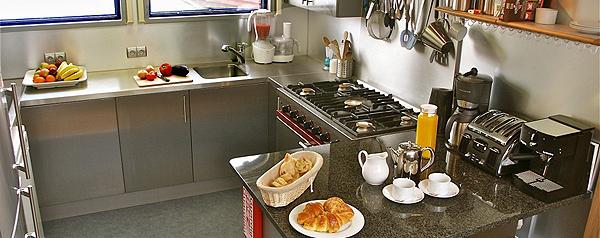 Apres Tout Kitchen