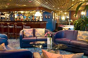 Mistral Lounge & Bar