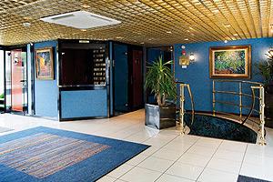 Van Gogh Reception Area