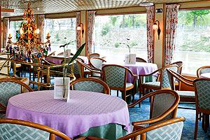 Botticelli Lounge