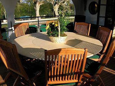 Renaissance sun deck