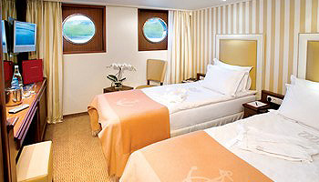 River Royale Category 3 Stateroom