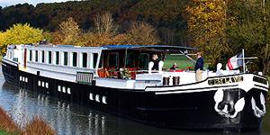 Esperance Hotel Barge