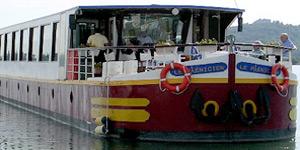 Le Phenicien Hotel Barge