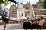 Walking Tour in The City of